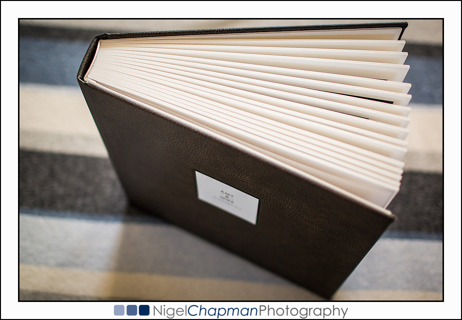 Queensberry Overlay Matted Album – Micro Leather Cover