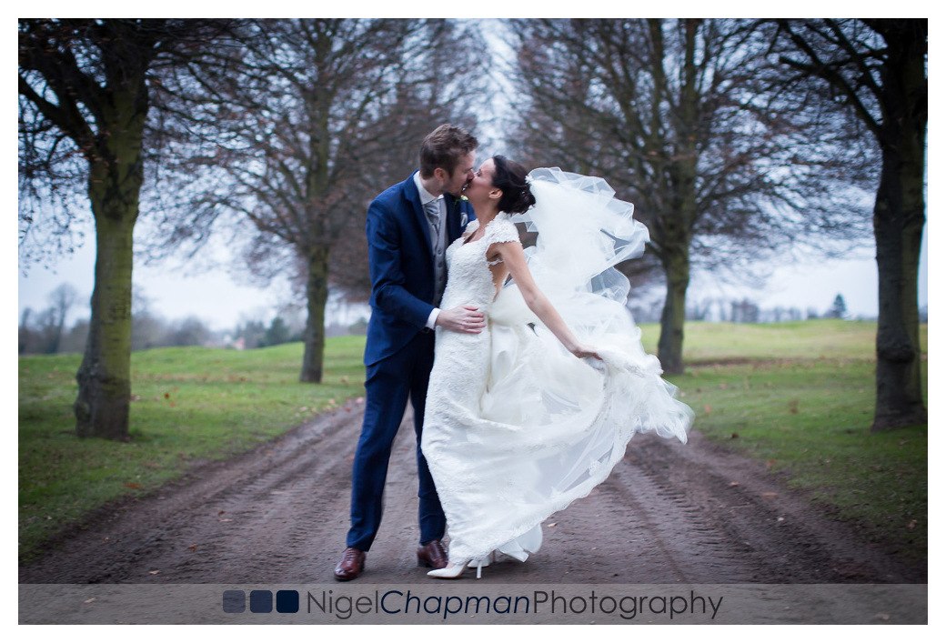 Buckinghamshire Golf Club Wedding & St Mary's Church Harefield – Laura & Lawrence 23 December 2016