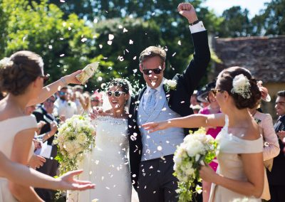 wedding_bride_groom_confetti-2
