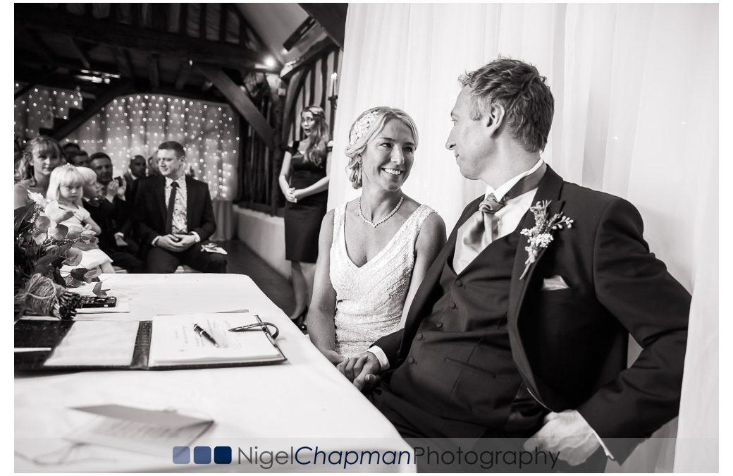 Old Luxters Barn Wedding – Helen & David 15 July 2017