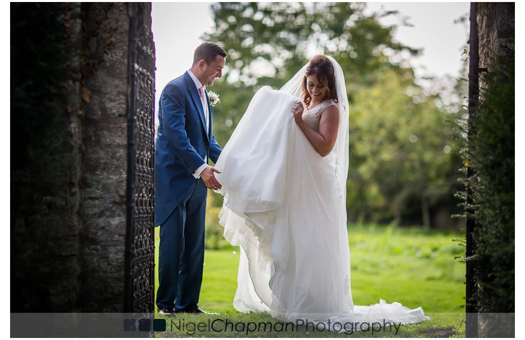Notley Tythe Barn Wedding – Emma & Alisdair