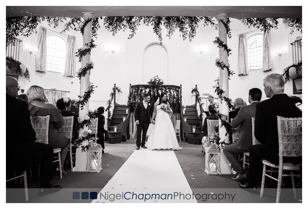 Helen and Dan, Kings Chapel Amersham, Nigel Chapman Photography,