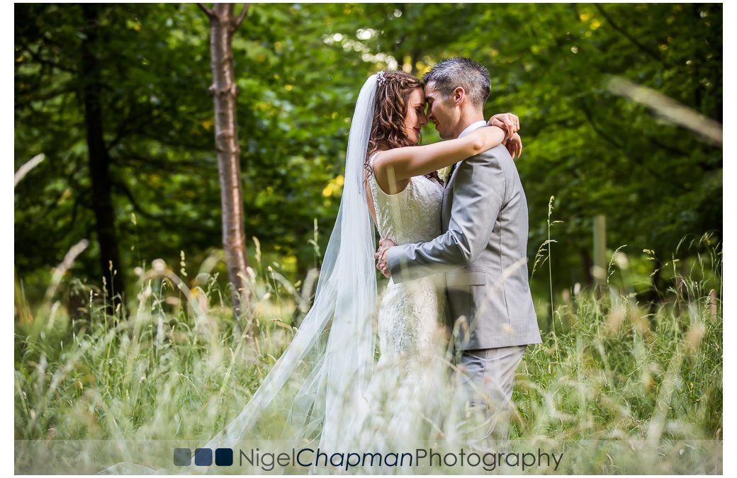 Old Luxters Barn Wedding Photography – Lara & Alex