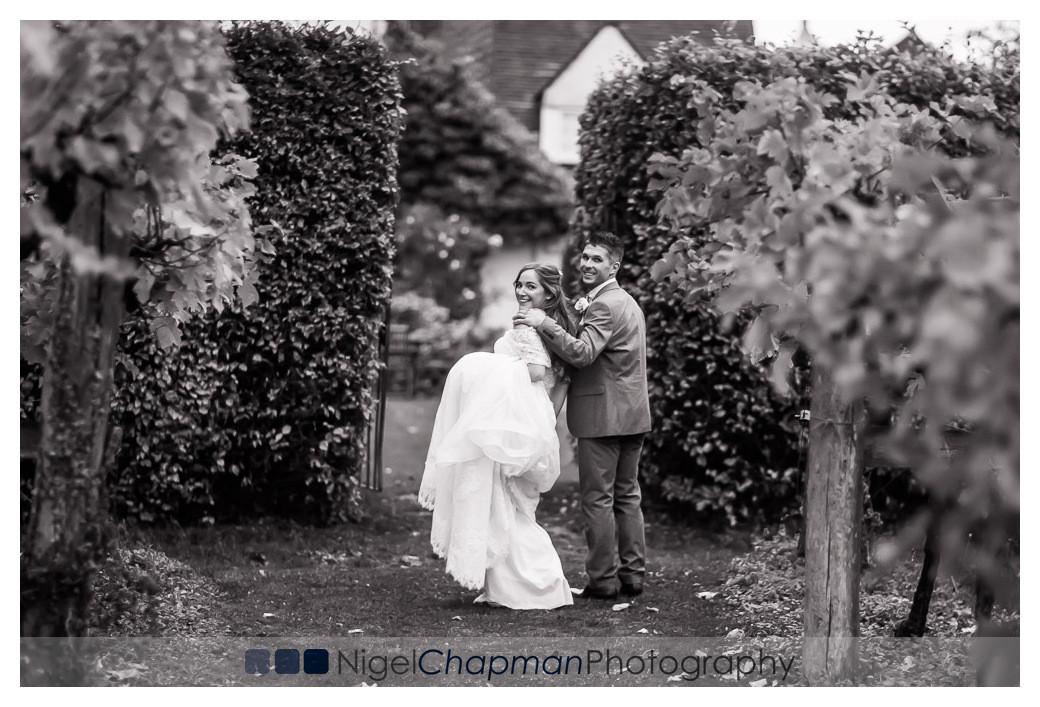 Vicki and Lewis, Old Luxters Barn Wedding Photos, Nigel Chapman