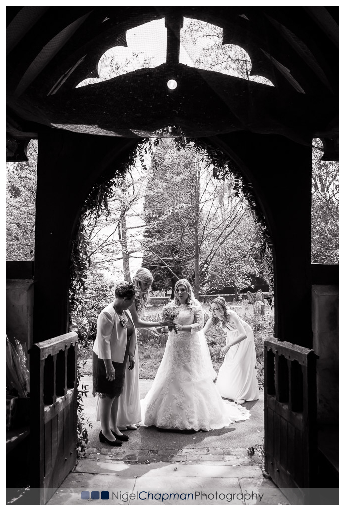 amy_jon_olde_bell_wedding_photography-19