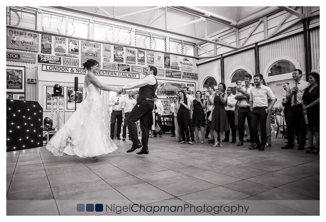 Buckinghamshire Railway Centre Wedding Photography, Katie Steven