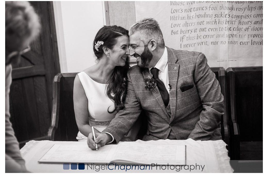 Wedding Photos At Hedsor House – Sarah and Aldo